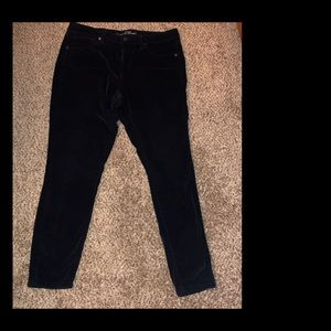 Black velvet ankle length jegging